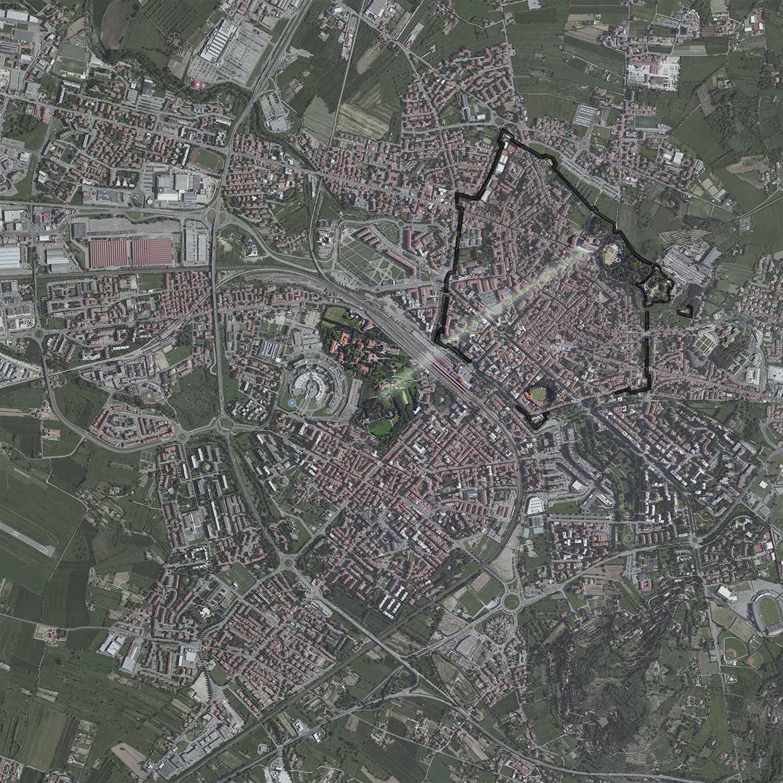 Inquadramento geografico di Arezzo con al centro il Colle del Pionta