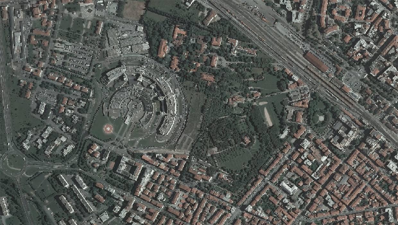 L'Ospedale di San Donato di Arezzo nelle ultime fasi di costruzione e l'adiacenza con il Colle del Pionta
